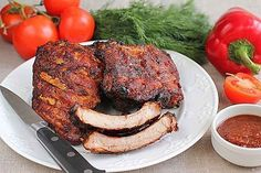BAKED PORK RIBS Ingredients: kg pork ribs 2 onion bulbs 2 cloves of garlic, 2 tablespoons of honey tablespoons soy sauce 2 tablespoons tomato paste ginger salt and pepper to taste Baked Pork Ribs, Pork Rib Recipes, Good Food, Yummy Food, Meat Chickens, Cook At Home, Healthy Salad Recipes, Healthy Cooking, Cooking Recipes