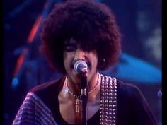 "Thin Lizzy - ""Dancing In The Moonlight"" (Live And Dangerous)"