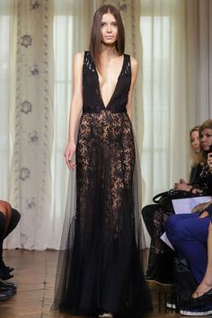 Dany Atrache Outono-Inverno 2014-2015 - Alta-Costura - http://pt.flip-zone.com/fashion/couture-1/independant-designers/dany-atrache-4813