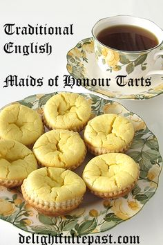 Maids of Honour - Traditional English Tarts Maids of Honour Tarts - Traditional English Tarts - perfect for your next afternoon tea party / English Desserts, British Desserts, English Tea Recipes, English Sweets, British Baking Show Recipes, Scottish Recipes, Maids Of Honor Tarts Recipe, Traditional English Food, Mousse Au Chocolat Torte