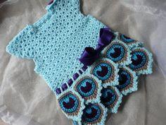 Englisch Crochet Anleitung Baby Kleid Peacock von ElodyKnitsforKids