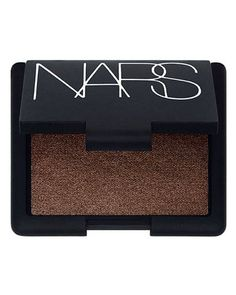 To go for the drama, Goodwin recommends pairing liquid black liner with rich brown shadow. One she likes: Nars Single Eye Shadow in Mekong (shown at left) or Ashes to Ashes. Hazel Eye Makeup, Natural Makeup Looks, Eye Makeup Tips, Hair Makeup, Hazel Eyes, Makeup Art, Makeup Ideas, Best Eyeshadow, Cream Eyeshadow