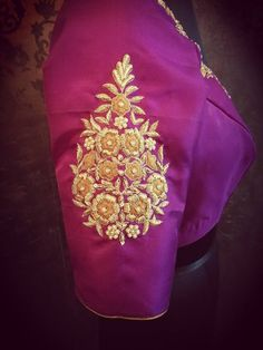 embroidery Best Blouse Designs, Half Saree Designs, Bridal Blouse Designs, Blouse Neck Designs, Embroidery On Clothes, Hand Work Embroidery, Embroidery Designs, Embroidery Dress, Pattu Saree Blouse Designs