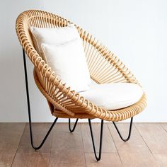 Choose from the wide range of lounge chairs for your living room at Originals Furniture in Singapore that will make your space more relaxing and comfortable. Hammock Chair, Swinging Chair, Home Decor Bedroom, Diy Room Decor, Rattan Furniture, Outdoor Furniture, Chair Design, Furniture Design, Acapulco Chair