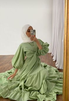 Hijab Fashion Summer, Modest Fashion Hijab, Modern Hijab Fashion, Street Hijab Fashion, Hijab Fashion Inspiration, Abaya Fashion, Muslim Fashion, Modest Outfits Muslim, Fashion Ideas