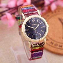 Barato 2015 nueva moda Casual Watch Braid Multicolor del reloj de cuarzo de cuero étnico Vintage para mujer reloj de pulsera reloj Casual rojo azul(China (Mainland))