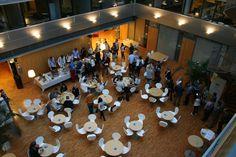 EY:n auditorio täyttyi 16.9.2013 innokkaista laskiksen opiskelijoista sekä KY Accountinginja laskiksen laitoksen väestä. #accounting #opiskelijat #EYFinland #Suomi