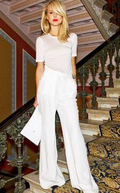 .want white wide legged pants