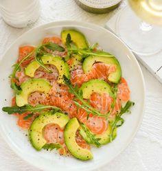 salmon and avocado carpaccio - La touche d'Agathe - Plats et gratins - recette, recipe, kitchen, Salmon Recipes, Fish Recipes, Seafood Recipes, Cooking Recipes, Healthy Recipes, I Love Food, Good Food, Yummy Food, Tasty