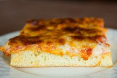 A fabulous recipe for thick-crust Sicilian pizza, complete with homemade sauce and tons of cheese. Sicilian Pizza Recipe, Sicilian Style Pizza, Sicilian Food, Pizza Recipes, Cooking Recipes, Yummy Recipes, Recipies, Healthy Recipes, Baking Stone