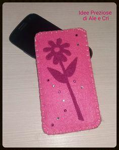 """Custodia cellulare /cell phone pouch """"Idee Preziose di Ale e Cri"""""""