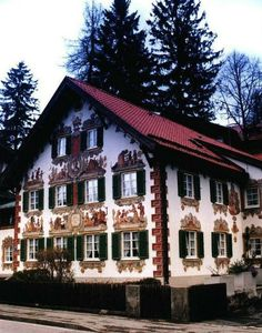 Top 10 Beautiful Fairytale Homes, Hansel and Gretel house - Oberammergau, Germany Unique Buildings, Interesting Buildings, Beautiful Buildings, Beautiful Homes, Beautiful Places, German Architecture, Amazing Architecture, Art And Architecture, Pavilion Architecture