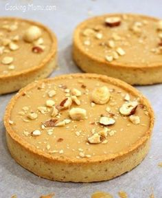 Tarte noisette et chocolat Dulcey Pastry Recipes, Cake Recipes, Dessert Recipes, Fancy Desserts, No Cook Desserts, Sweet Pie, Sweet Tarts, Mini Cakes, Chocolate Recipes