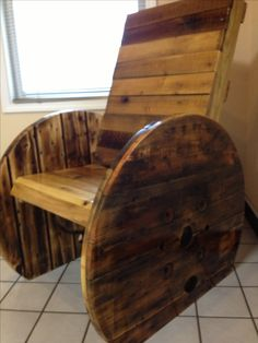 Wooden cable spools on pinterest wooden spool tables wire spool - 1000 Images About Outside Of House On Pinterest Cable