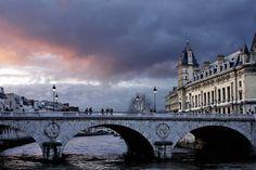11/4/12: Foreboding sunset Pont Saint Michel near La Conciergerie.  Paris has 111 days of rain a year.