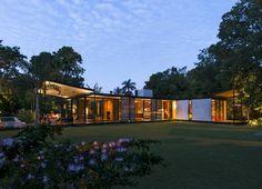 Reyes ríos larraín arquitectos builds lightweight house méxico | See the best design news at www.delightfull.eu/en/news/