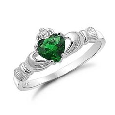 Silver Claddagh Ring with Emerald!!! My dream and favorite type of claddagh ring!!!