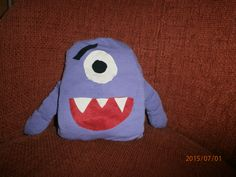 My monster pillow :) Yeaah :3 I look forward to :)