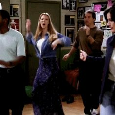 """That time when she tried to dance   Phoebe Buffay's Funniest Moments On """"Friends"""""""