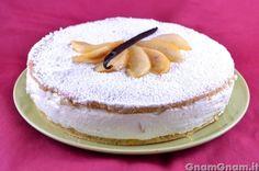 Torta ricotta e pere - La torta ricotta e pere è un dolce tipico della costiera amalfitana, formato da due dischi di biscotto alla nocciola e da una delicata farcia di ricotta e pere, per l'appunto. La ricetta più famosa è senza dubbio quella di Sal De Riso, rinomato pasticcere della costiera. Ed è proprio dalla sua ricetta che [...]