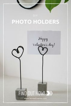 Wire Picture Holders, Photo Holders, Concrete Crafts, Concrete Projects, Concrete Candle Holders, Wire Crafts, Diy Clay, Wire Art, Diy Projects To Try