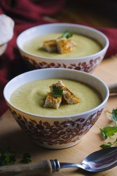 New soup recipes winter veggies Ideas Gourmet Recipes, Real Food Recipes, Soup Recipes, Vegetarian Recipes, Yummy Food, Healthy Recipes, Healthy Foods, Food Inspiration, Food Print