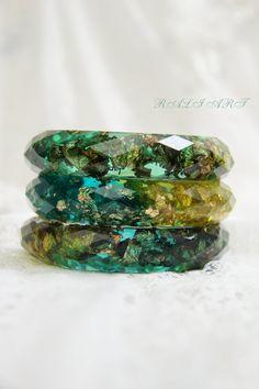 Set faceted bracelet, Resin bracelet, Bangle gold flakes, Resin bangle, faceted bracelet, bracelet green resin, gold flakes, glitter