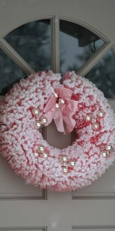 Gorgeous Vintage Pink Bottle Brush Wreath!!! Love this!!! Bebe'!!!