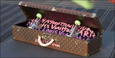 $ 8,250 Luis Vuitton Skateboard