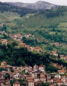 This photo from Bosniak-Croat, West is titled 'green Sarajevo'. Croatian Language, Serbia And Montenegro, Sarajevo Bosnia, Bosnia And Herzegovina, Eastern Europe, Old Pictures, Continents, Norman, Places To Go