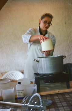 Marianna is a former chemist who had left her job to open an agriturismo, raise goats and produce cheese Keeping Goats, Raising Goats, Cooking Cheese, Goat Cheese Recipes, Livestock Farming, Goat Farming, Milk And More, Cheese Maker, Milk Products