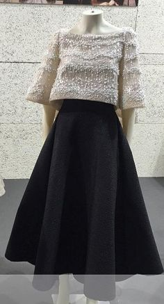 Stylish Dresses, Elegant Dresses, Indian Fashion Dresses, Fashion Outfits, Modern Filipiniana Gown, Filipino Fashion, Classy Dress, Couture Dresses, Skirt Outfits