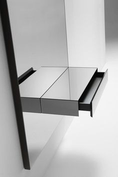 Console with a grey mirror, drawer and LED lights