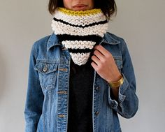 For stripe junkies! A very basic recipe for a satisfying, quick cowl that utilizes stash yarn with endless color combination possibilities. Inspired by sailor stripes but with an edging of contrast color to make it pop.