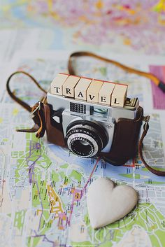 Idea for displaying old cameras in the game room. Maybe in a shadow box with an old map as the background. Wherever you go, go with all your heart. | Flickr - Photo Sharing!