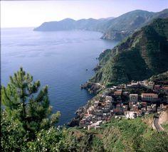 Riomaggiore, Parco Nazionale delle Cinque Terre, Liguria - © Roberto Merlo
