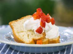Бон Апети Кекс с ягоди и сметана