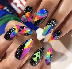 In search for some nail designs and some ideas for your nails? Here's our set of must-try coffin acrylic nails for fashionable women. Edgy Nails, Grunge Nails, Funky Nails, Neon Nails, Stylish Nails, Swag Nails, Galaxy Nails, Edgy Nail Art, Gradient Nails