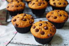 Easy Chocolate Chips Muffins