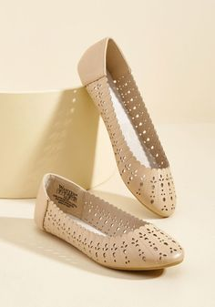 Doll Shoes CREAM 58mm Slip on Flats with Bow