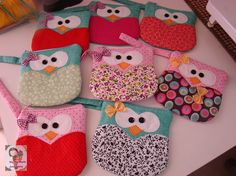 Owls coin purse by Ma Ma Marie Artcountry.