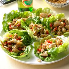Spicy Chicken Lettuce Wraps Recipe -This is one of my go-to meals when I want a fun dinner. I love the spicy Asian flavors against the cool lettuce and the added crunch of peanuts and water chestnuts. Lettuce Wrap Recipes, Chicken Lettuce Wraps, Stir Fry Recipes, Cooking Recipes, Asian Recipes, Healthy Recipes, Asian Foods, Healthy Foods, Keto Recipes