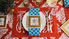 Traditions Tablescape   Hen House Linens #holidaytable