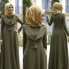 Image may contain: 2 people, people standing Abaya Fashion, Fashion Dresses, Moslem Fashion, Hijab Style Dress, Modele Hijab, Arabic Dress, Muslim Dress, Islamic Fashion, Special Dresses