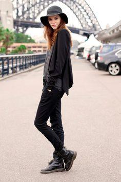 Street Style Photoblog - Fashion Trends - Daniella, Photographer