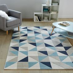 The colorful and the stylish rugs are back. Yes, it's the time for the retro rugs. Decor, Home Goods, Rugs On Carpet, Retro Rugs, Home Decor, Rugs, Printed Rugs, Carpet Size, Flat Woven Rug