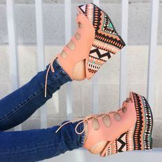 Stylish 6 inches Lace Up Wedges