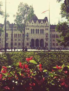 """""""Parlement"""" dieses Foto stammt von kristonalida aus der Kategorie Architektur https://contest.cewe-fotobuch.de/beautiful-world-2016?sref=om_seo_bing_x_16523_x"""