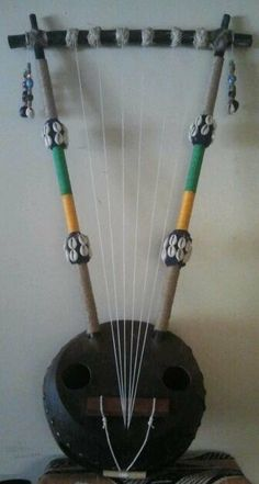East African bowl - lyre