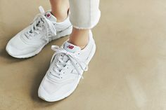 Sneakers, Clothes, Shoes, Fashion, Tennis, Outfits, Moda, Slippers, Clothing
